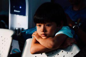 chinh le duc 132753 unsplash 300x200 - child thinking